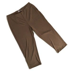 Chicos EasyWear Tan Travel Capri Pants 2 / L